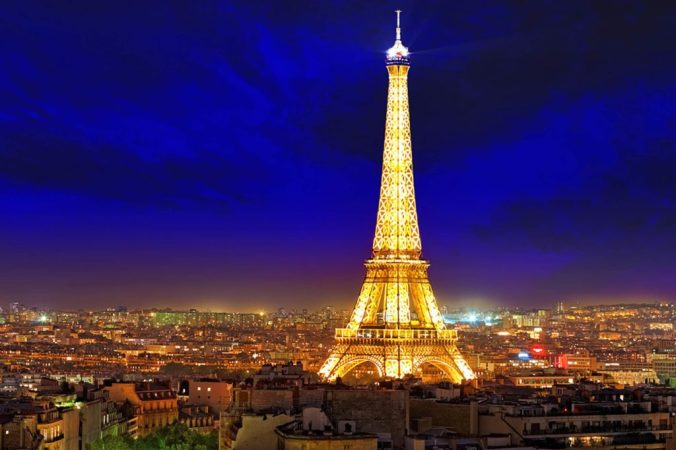 The-Eiffel-Towers-Electric-Bill-Is-Absurd_166143854_Brian-Kinney-1024x683